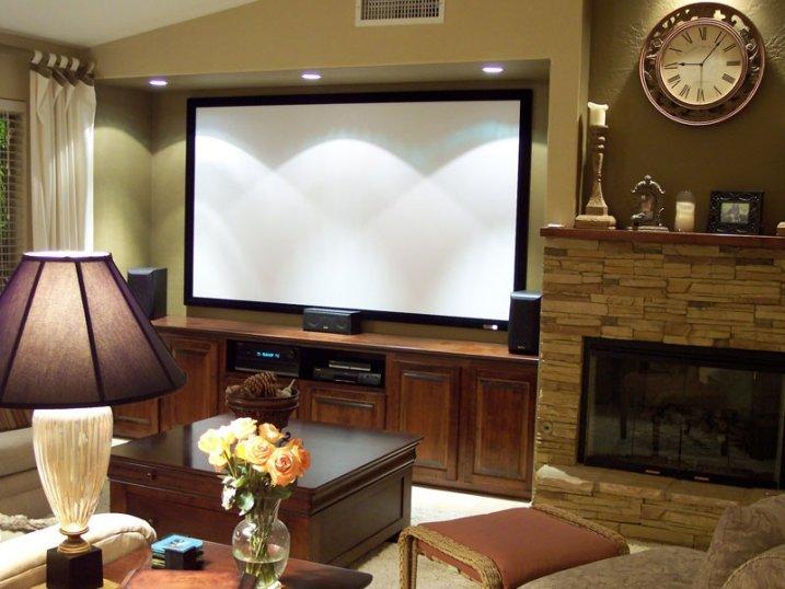 Рулонные стационарные экраны